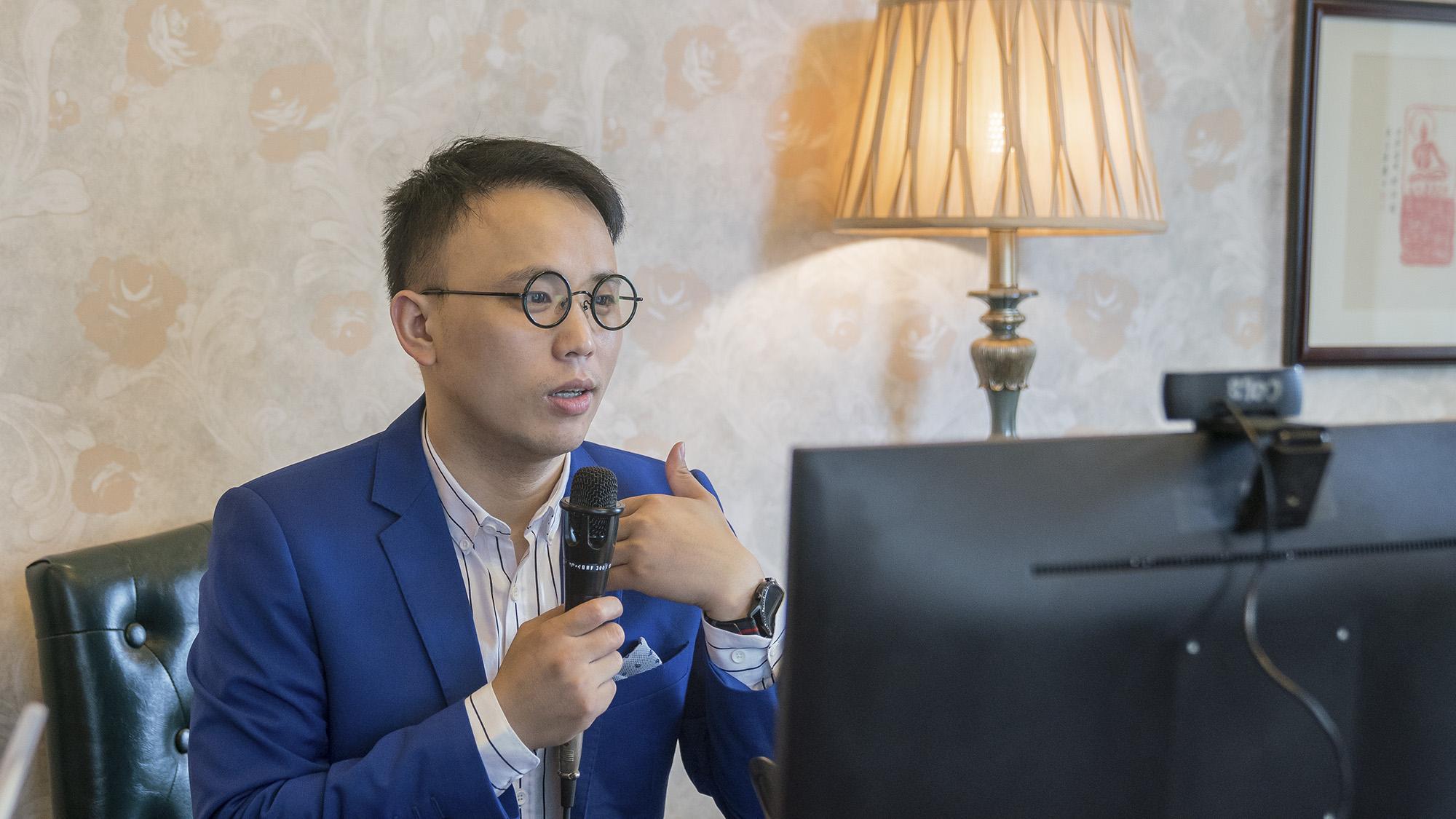 潭州教育创始人周有贵七月月度会议上发表讲话